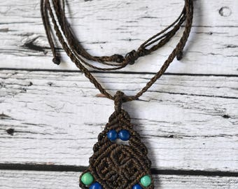 """Flor de Achira"" Macrame necklace - choose your color"