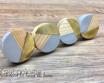 SET OF 4 - Tricolor Grey Distressed Brass and Natural Wood Knob - Round Wood and Gray Resin Wooden Knob - Modern Abstract Drawer Pull