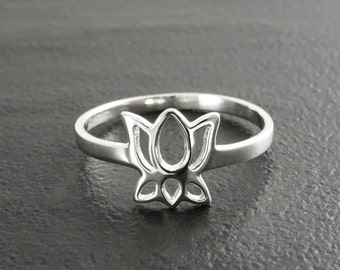 Tiny Lotus Ring, Sterling Silver Lotus Ring, Lotus Flower Ring, Blooming Lotus Flower, Meditation ring, Namaste, yoga jewelry, yoga ring