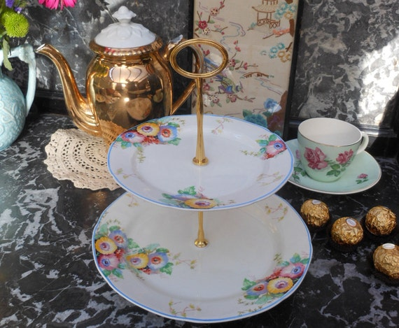 VINTAGE CAKE STAND - Tiered - Hand painted - 1930's - English china - for Afternoon tea - Vintage wedding - Floral pattern - Gold tone metal