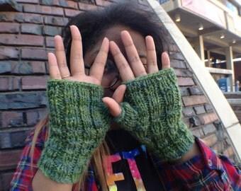 Mossy Forest Fingerless Gloves (wool)