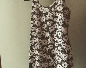 MUST GO 1990s daisy flower tank dress size small grunge get retro flower child hippie boho dress