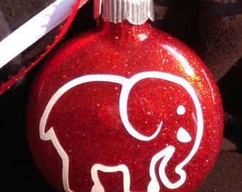 Elephant outline Decal. Permanent decals. Put on yeti & Rtic cups, car windows, Christmas ornaments, home decor, laptops... Decal only.
