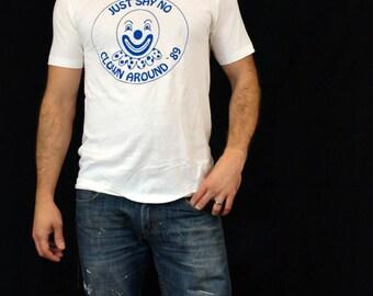 Cool Weird Vintage Just Say No Clown Tshirt