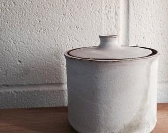 Ceramic lidded jar in matte white