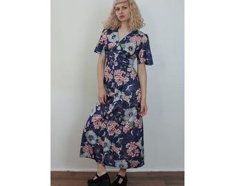 70s Floral Dress // Vintage 1970s Boho Maxi Dress Empire Waist V Neck - Large