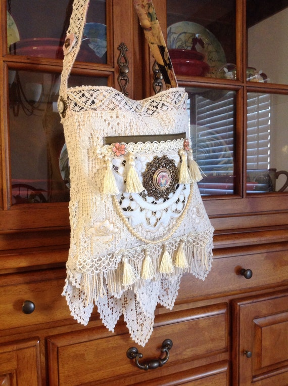 Victorian vintage crocheted doily lace bohemian shoulder bag