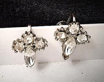 Vintage 1950s Crystal Rhinestone Earrings . 50s Silver Tone Screw On . Bridal Bride Wedding Earrings . Bling