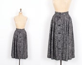 Vintage 1980s Skirt / 80s Yves Saint Laurent Wool Boucle Skirt / Gray (small S)