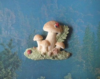 Woodland Mushroom Brooch Hand Painted Clay pin (A) vintage style jewelry 70's
