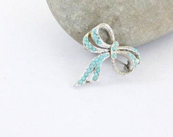 bow brooch - 50s costume jewelry - Sphinx silver toned bow brooch - tiffany blue and silver vintage brooch