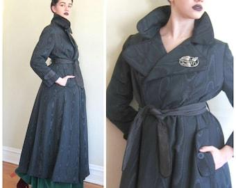 Vintage 1960s Evening Coat Moire Waterfall Taffeta / 60s Black Opera Coat /  Belted Trench Coat / Medium