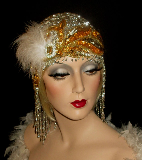 The flapper look from the s has made a comeback in the form of Halloween costumes and theme party outfits. Dresses are available at specialty stores, costume shops and vintage clothing retailers, but why not make your own customized accessories?
