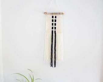 SMALL Woven Wall Hanging / Modern Design / Black and Cream / Driftwood