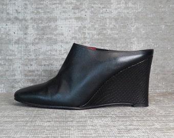 Vtg 90s Black Leather Wedge Avant Garde Mules 7