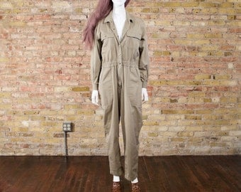 80s jumpsuit / olive drab jumpsuit / utilitarian jumpsuit / womens coveralls / cargo jumpsuit / boilersuit / slouchy jumpsuit / one piece