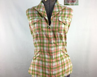 Vintage 60s LEVIS Sleeveless Western Shirt (Medium) // Plaid // Pearl Snaps // Pink & Lime // Frayed // Country // Rockabilly // 1960s