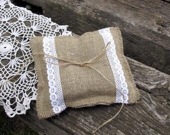 Wedding bearer pillow, Burlap ring cushion, Rustic bridal pillow, Burlap and lace pillow, Wedding ring pillow