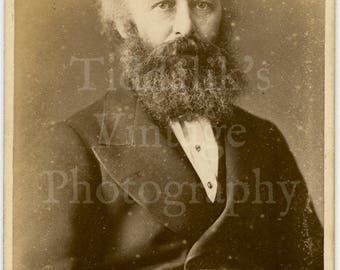 CDV Carte de Visite Photo - Victorian Man, Big Wild Beard Portrait - Barraud & Jerrard of London England - Antique Photograph