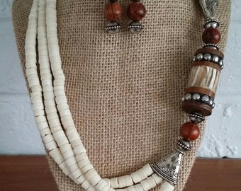 Wood Necklace, Wood Jewelry, Shell Necklace, Big Bold Chunky Necklaces, Big Chunky Necklace, Chunky Jewelry Sets, Chunky Statement Necklace