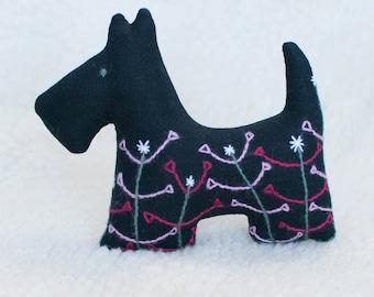 Stuffed scottie dog. Scottie dog soft toy. Black scottish terrier. Embroidered dog for kids.