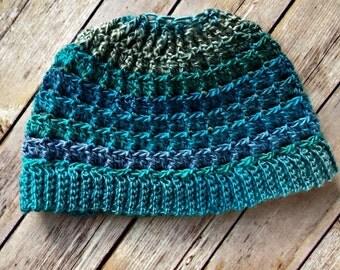 Simple Textured Messy Bun Hat Pattern