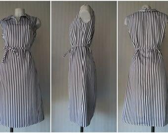 RESERVED.Vestito anni 70 a righe bianco e nero.Tg 44-46/Amazing 70s vertical stripes dress/Black&White/Belt/Shirt collar/Lined/Size 10