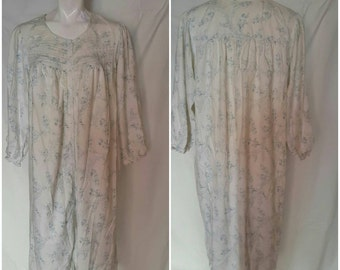AAA--Womens vintage night gown-Size 2X-Designer label-100% Cotton-Long-Lace-Buttons-Maternity-Online savings-Lounge wear-Feminine-Gift