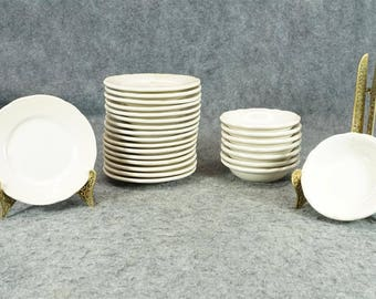 M U.S.A. Restaurant China 25 Pieces With Hollow Green M Mark C. 1980S