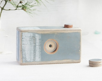 Plywood pinhole camera, 120 film, format: 6x6