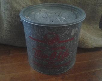 Frabill's Floating Minnow Bucket Min-O-Life 480