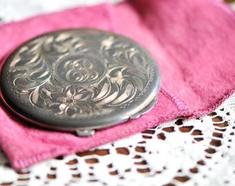 Vintage Birks Sterling Silver Etched Compact Case / Sterling Silver Powder Compact / Vanity Powder Compact / Monogrammed Compact Case