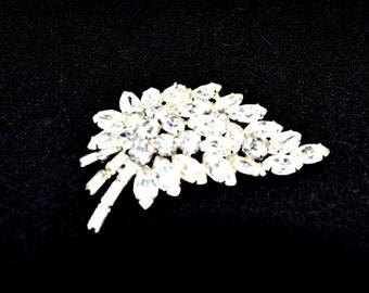Sparkling Rhinestone Brooch Leaf Design Fashion Jewelry