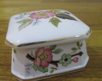 victorian china trinket box, bone china pin box, square china lidded box ref 6