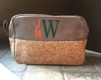 Men's Personalized Shaving Bag, School Colors, College Colors, Groomsman Gift, Gift for Him,