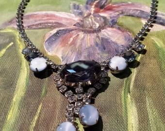 Vintage blue Rhine stone necklace