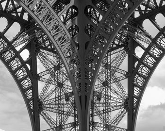 Eiffel Tower in Black & White