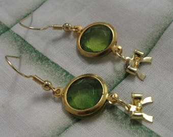 Green and Gold Tone Bow Dangle Pierced Earrings