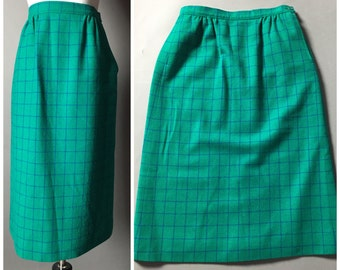 vintage 50s skirt / 1950s skirt / 1960s skirt / plaid skirt / wool skirt / wiggle skirt / pencil skirt