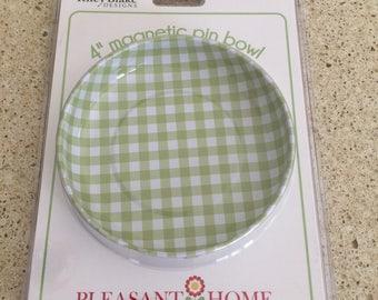 Green Gingham magnetic pin bowl