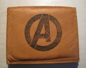 """Mankind Wallets Men's Leather RFID Blocking Billfold w/ """"The Avengers"""" Image-Makes A Great Gift!"""
