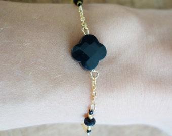 Bracelet gold gold filled pendant black ony clover