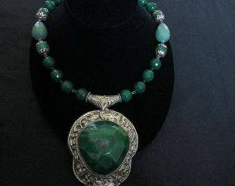 Green Agate Stone Necklace with Crystals and Carved Silver Agate Pendant