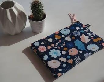 Blue cover night flower