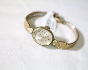 Waltham Ladies Vintage Watch