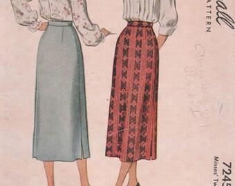 Vintage McCalls 1940s Skirt Pattern No. 7345 Waist 28