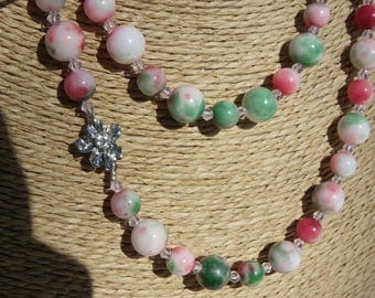 necklace of white jade colored 10 mm 8 mm and 1 meter 10 Crystal stones