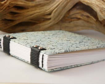 Square artist book, large sketchbook, Coptic binding, 14cmX14cm 120 pages, gift, blank notebook