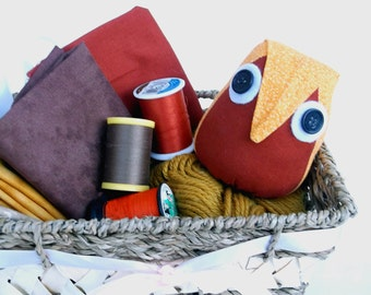 Owl Pincushion, Rust and Orange Calico, Handmade Pin Cushion, Stuffed Owl, Seamstress Gift, Quilting and Sewing Acessory