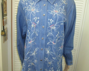 Vintage XL size 18 long embroidered and beaded ladies long denim shirt w long sleeves. Koret City Blues label. Dressy denim cotton shirt.